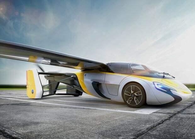 Коммерческую версию летающей машины AeroMobil покажут в Монако