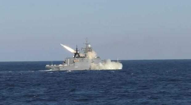 Россия нанесла предупредительный удар по американскому военному кораблю