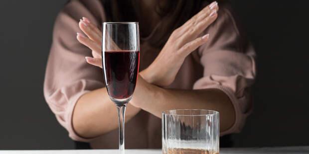 Россиян «отрезало» от алкоголя