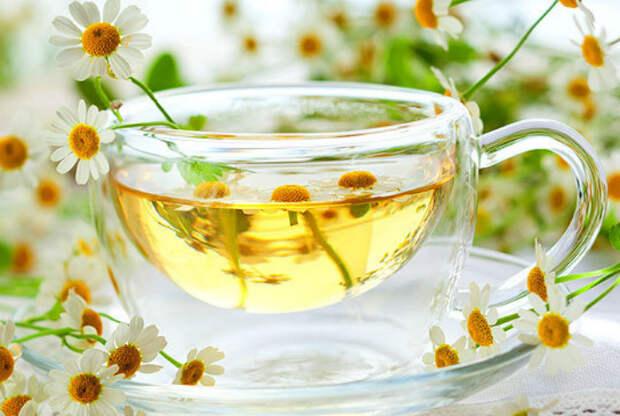 Ромашковый чай для здорового цвета лица.