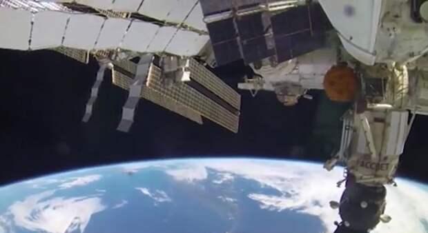 Неопознанный объект приблизился к МКС