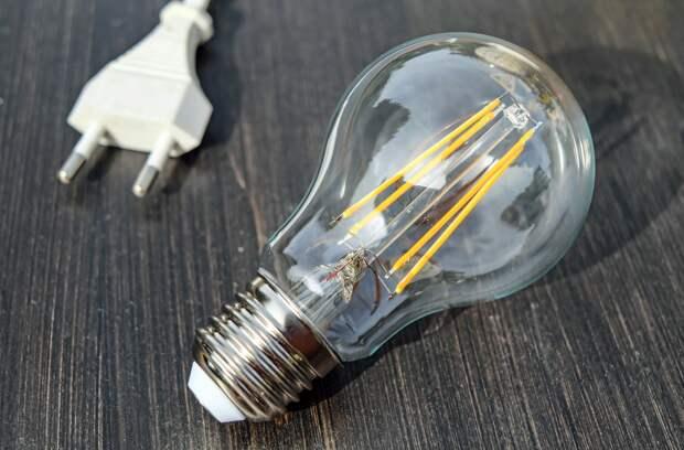 Эксперт рассказал о признаках воровства электроэнергии на даче