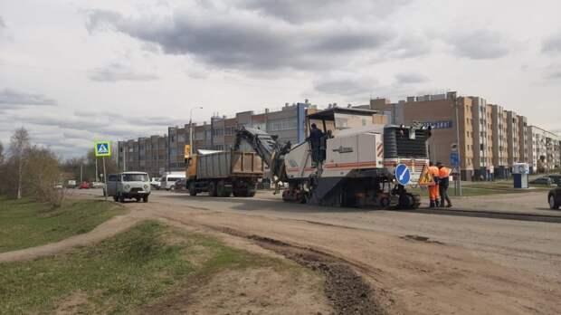 Улицу Трактовую начали ремонтировать в деревне Хохряки в Удмуртии