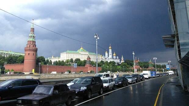 Жителей Москвы в пятницу ожидает дождливая погода