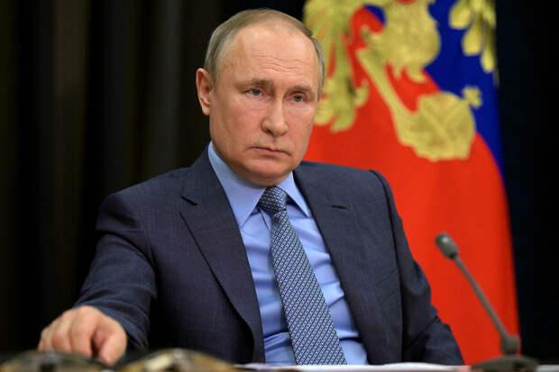 Путин назвал трагедию в Казани «варварским преступлением»