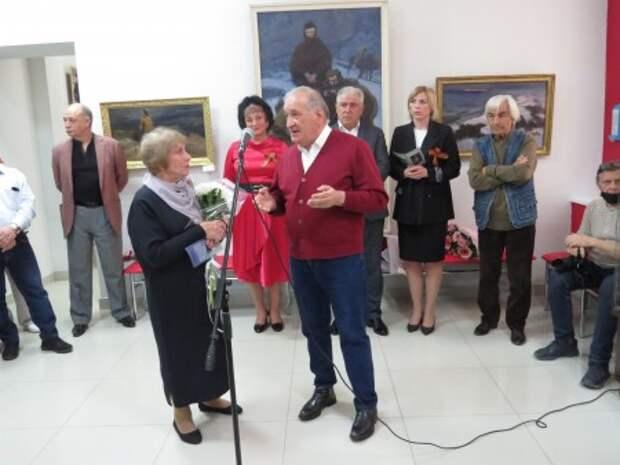 В Нальчике открылась выставка Анатолия Сундукова