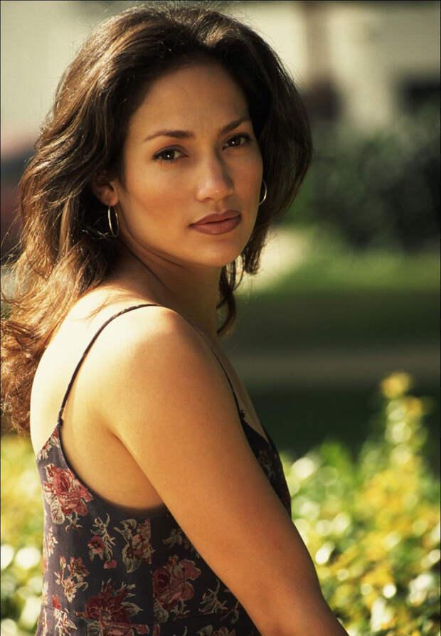 Дженнифер Лопес (Jennifer Lopez) в фотосессии Нила Престона (Neal Preston) (1995).