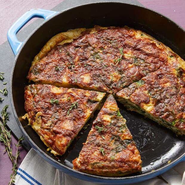 Рецепт: Тортилья с картофелем и перцем – удивите завтраком семью!