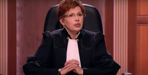 «Телесудья» Елена Дмитриева сама попала под суд