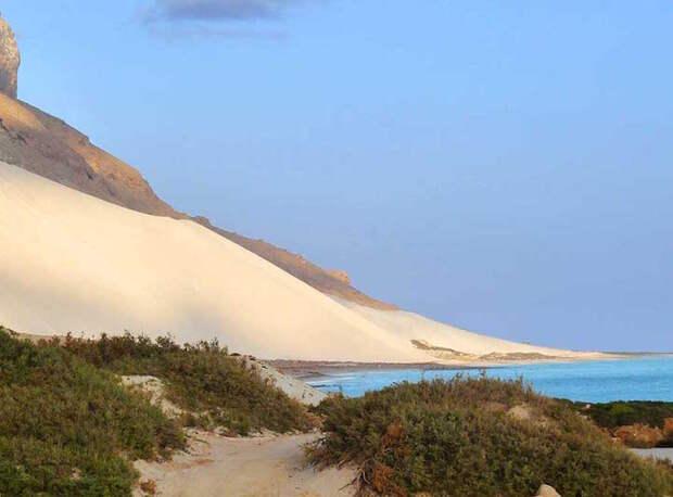 Удивительный остров с «инопланетными» пейзажами