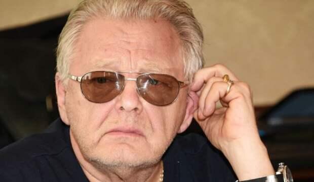 Друг Антонова прокомментировал сообщения о госпитализации певца