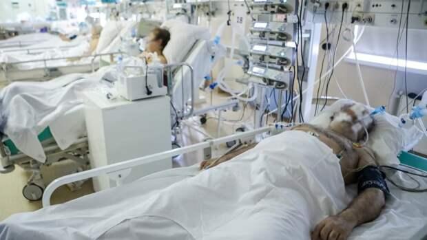 Коронавирусом в России заразились еще 8380 человек