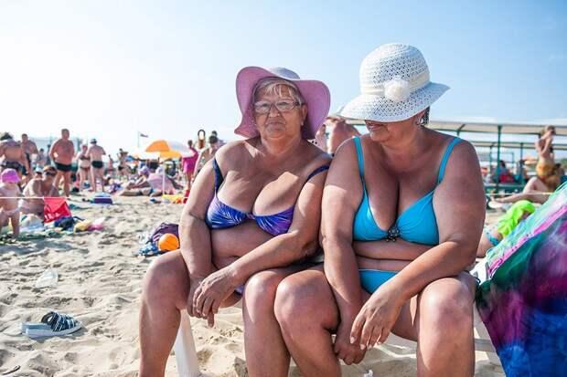 Почему женщины выходят на пенсию раньше, а живут дольше.