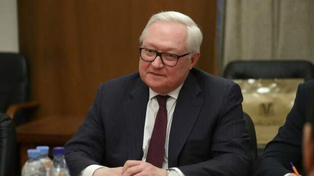 Рябков указал на нежелание Москвы составлять безразмерный список недружественных стран