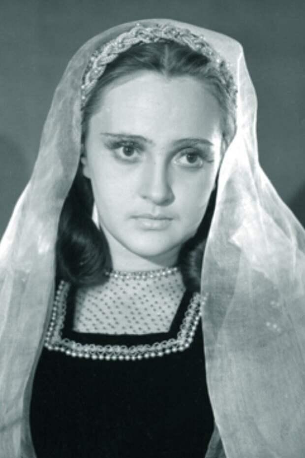 Леденящая кровь история трогательной актрисы, чьим голосом говорила Медуза Горгона