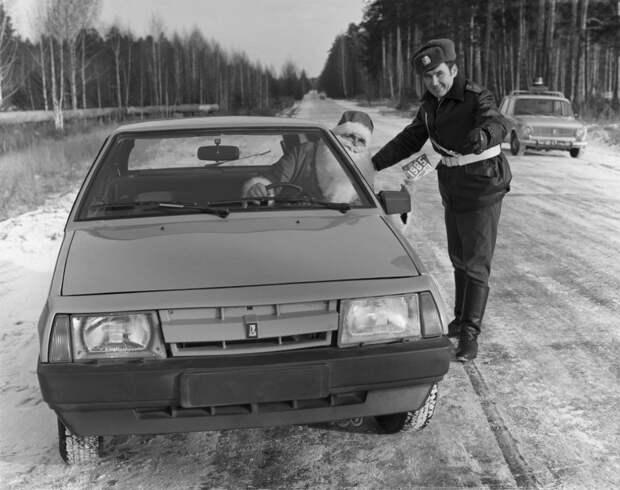 8 крутых фото советского Деда Мороза