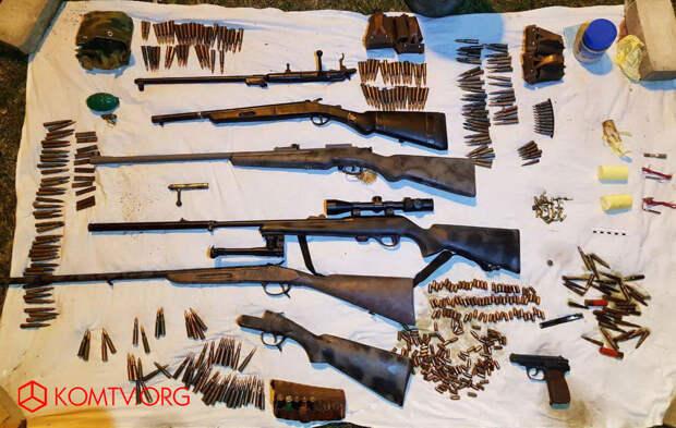 В Бахчисарайском районе обнаружили схрон оружия и боеприпасов