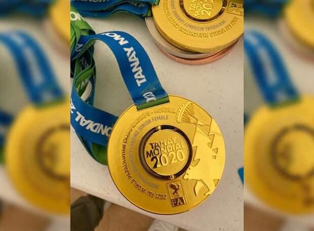 WADA не смогло надавить - чемпионат мира прошел на Кузбассе.  Правда, в честь победы россиян по-прежнему звучала музыка Чайковского, а не гимн, но не всё сразу
