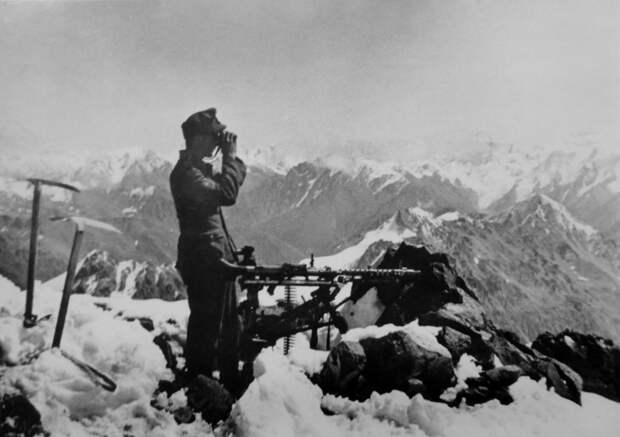 1942-8-НЕМЦЫ БЛИЗ ПРЕВАЛА ПСЕАШХО — копия.jpeg