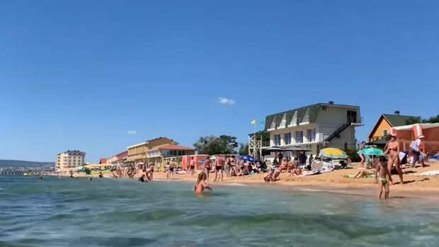 Морская вода в Крыму прогреется к июню: топ-3 самых красивых пляжей полуострова