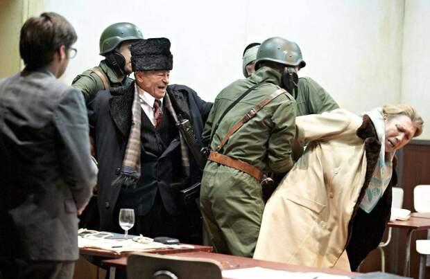 Казнь Чаушеску. Что румынский Сталин сказал перед расстрелом