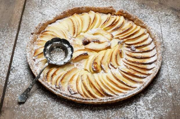 5 любимых блюд Пушкина: валдайские баранки, пожарские котлеты, бланманже