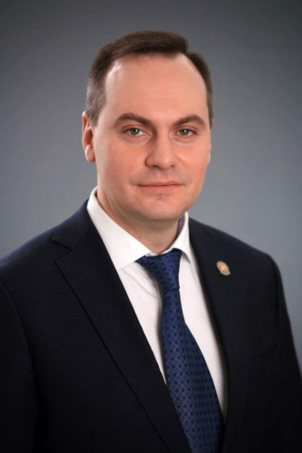 Глава Мордовии Волков просит Путина оботставке, наего пост прочат Здунова