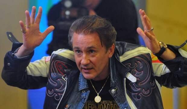 Ширвиндта удивила истерика Меньшикова на похоронах Андреева