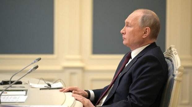 Путин удивил немцев, переговорив кандидата в канцлеры Германии на немецком языке