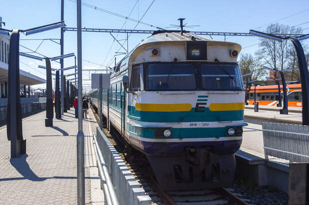 Латвия отказалась покупать новые дизельные поезда – денег нет