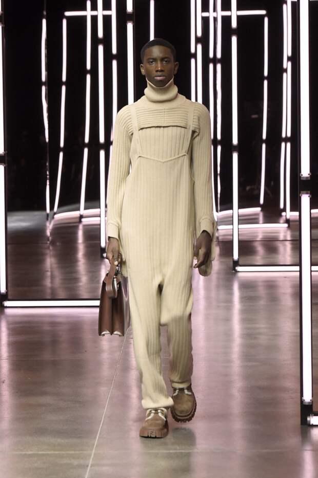 Комбинезоны из трикотажа – стильная альтернатива свитерам и спортивным костюмам