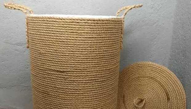 Добротная корзина для белья без плетения и прочих премудростей