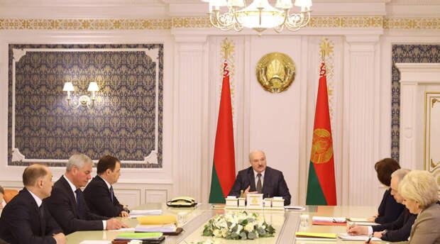 От Александра Лукашенко потребовали «зачистить» белорусское общество от неугодных