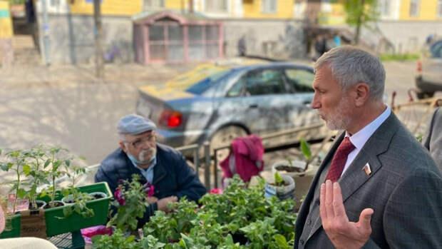 """Лидер """"Родины"""" Журавлев намерен устранить проблему с загрязнением реки Ловать"""