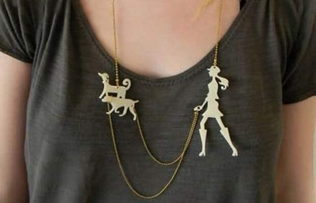 Необычное украшение: ожерелье «Выгул собак».