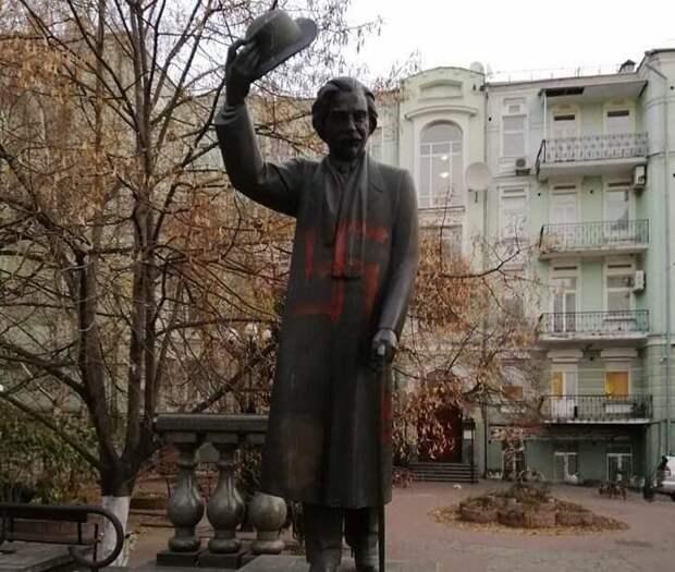 Не прошло и шести лет: активиста майдана шокировал нацистский призыв на лбу Жванецкого