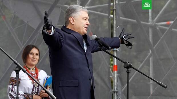 Порошенко пообещал мусульманам за год «вернуть Крым домой»