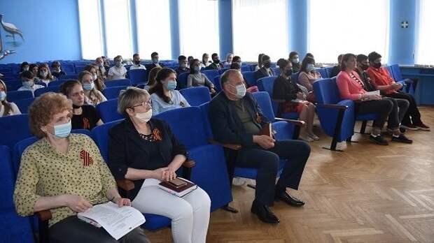 В администрации района состоялась встреча с лидерами ученического самоуправления