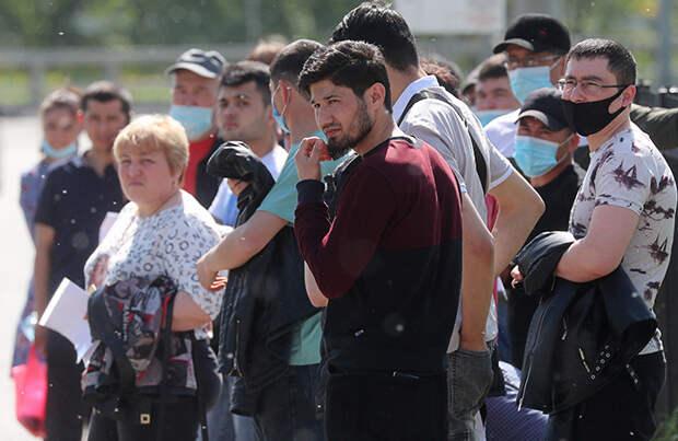 В России продлен мораторий на выдворение иностранцев из страны до 30 сентября. Все очереди были зря