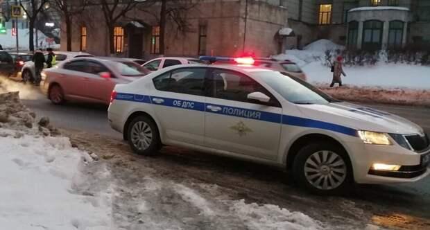 В России ГИБДД на выходных проведет рейд «Невод», что будут проверять и чего стоит опасаться.