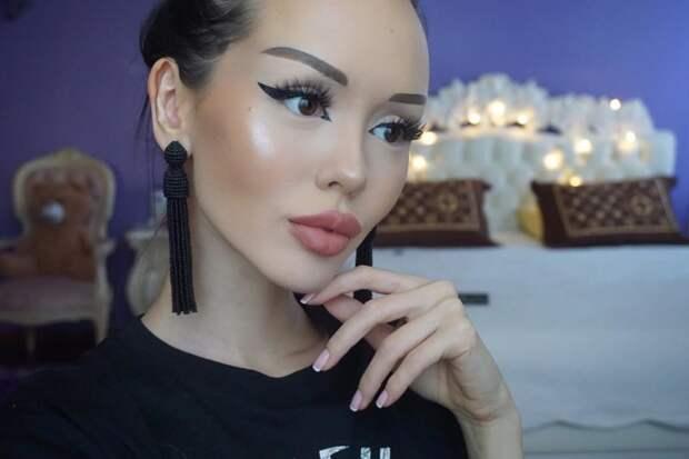 Динара Рахимбаева — казахстанская «Барби», которую раскритиковали за фотосессию в белье Динара Рахимбаева, казахстан, фигура