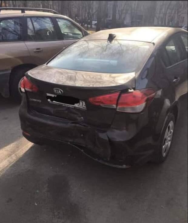 Виновник ДТП скрылся с места аварии на улице Вилиса Лациса