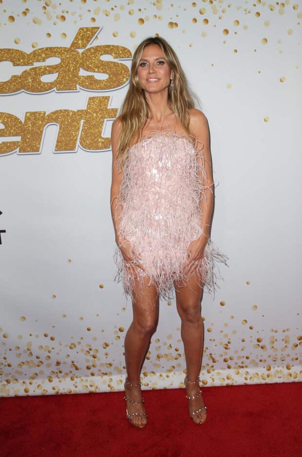 Хайди Клум вышла в свет в прозрачной сетке