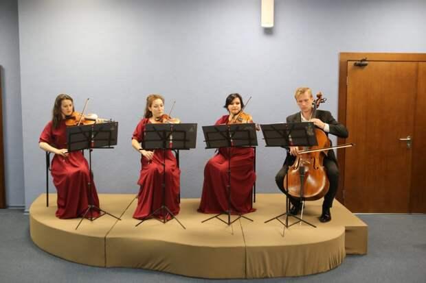 В культурном центре на бульваре Яна Райниса исполнят Баха и Вивальди