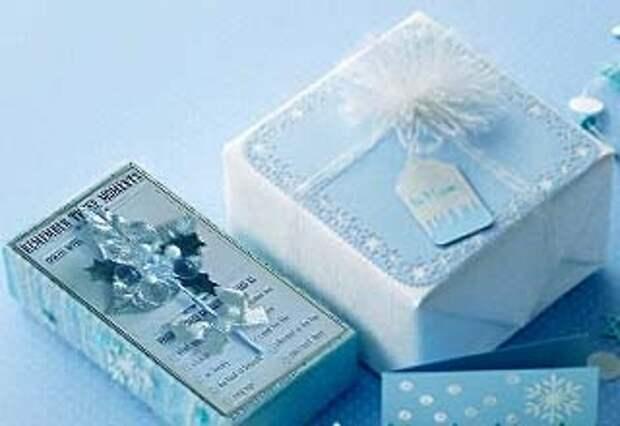 Используйте бижутерию при упаковке подарка