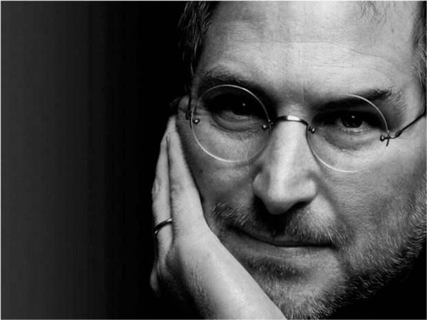Стив Джобс скончался в возрасте 56 лет