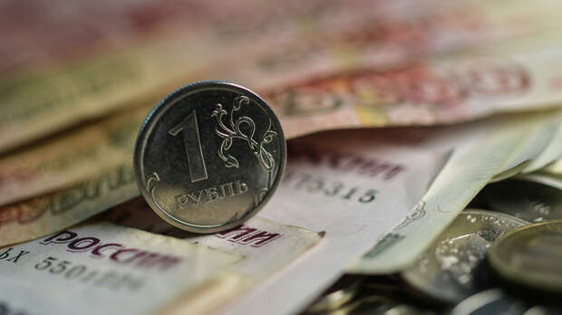 Финансовый аналитик Тузов спрогнозировал курс рубля после отказа от доллара