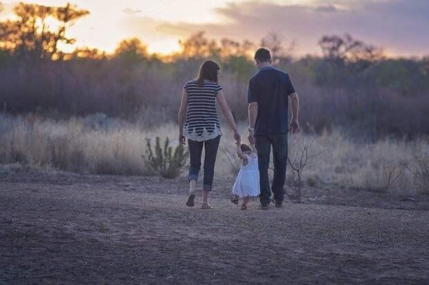 «Совет Матерей» и ЕР призовут к полной оплате больничных молодым родителям