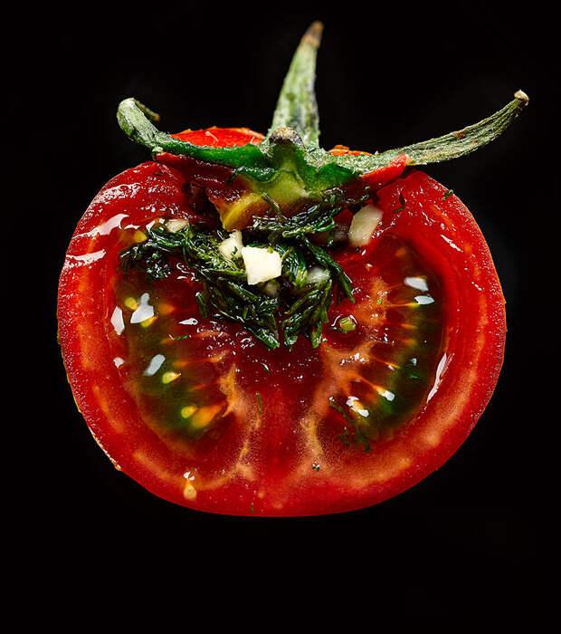 Супер-чебуреки! При чем здесь помидоры?! Смотрите завтра 15 мая в 8:30 утра на РенТВ!