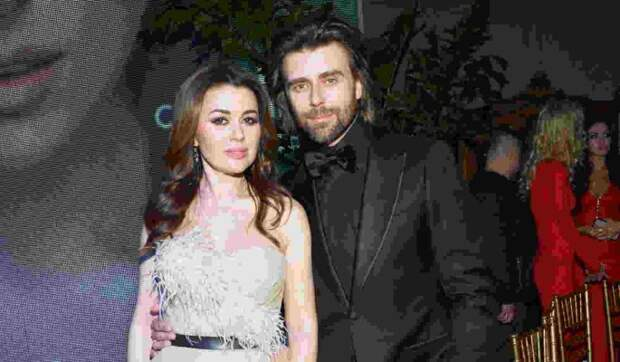 Анастасия Заворотнюк и Петр Чернышев отметили 12-ю годовщину со дня свадьбы